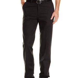 Wrangler Men's Riata Flat Front Relaxed Fit 29X36